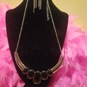 Black & silver necklace